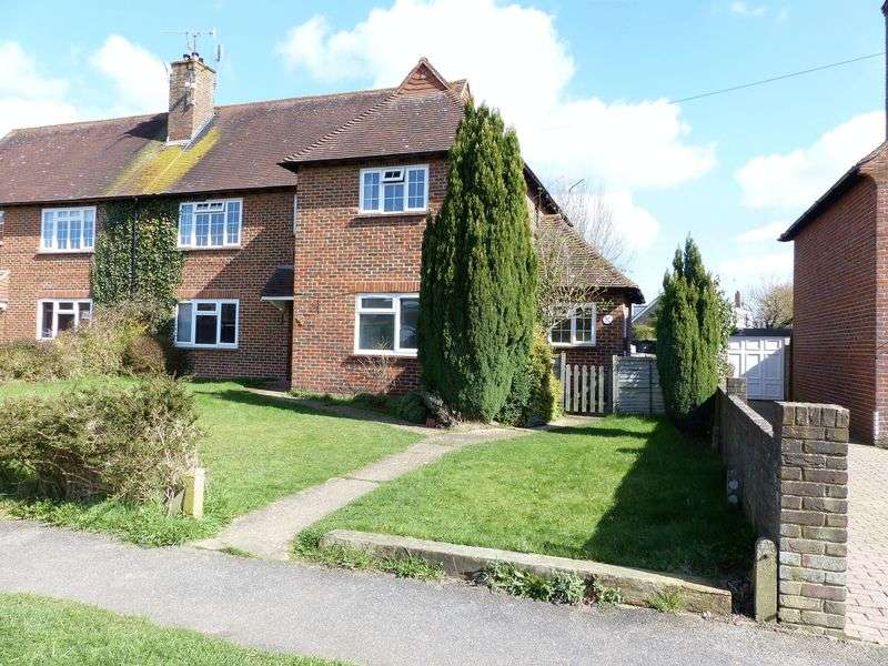 2 Bedrooms Flat for sale in Glebe Road, Cranleigh