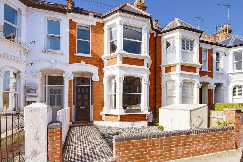 5 Bedrooms Terraced House for sale in Nelson Road, N8