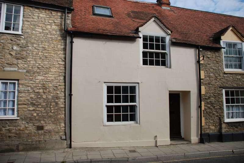 3 Bedrooms Terraced House for rent in Quaperlake Street, Bruton