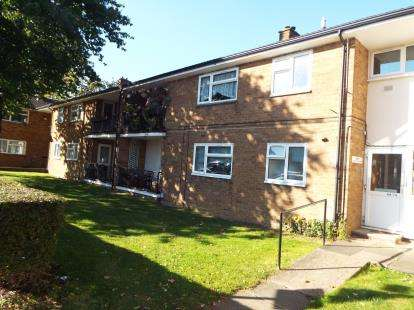 1 Bedroom Flat for sale in Park View, Stevenage, Hertfordshire, England