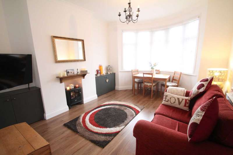1 Bedroom Apartment Flat for sale in Beedell Avenue, Westcliff On Sea