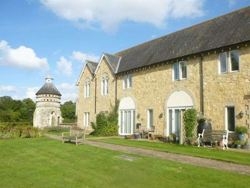 3 Bedrooms Cottage House for sale in Bemerton Farm, Lower Road, Salisbury