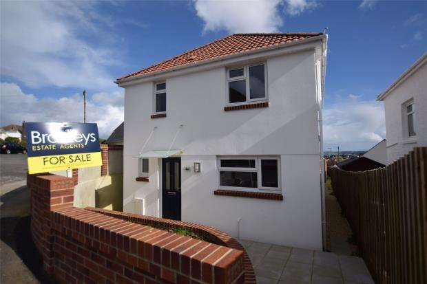 3 Bedrooms Detached House for sale in David Road, Paignton, Devon