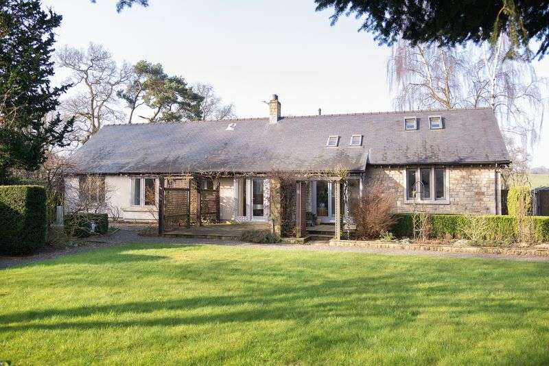 4 Bedrooms Detached Bungalow for sale in The Beeches, Wennington, Lancaster