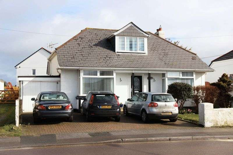 5 Bedrooms Detached Bungalow for sale in Treloggan Road, Newquay