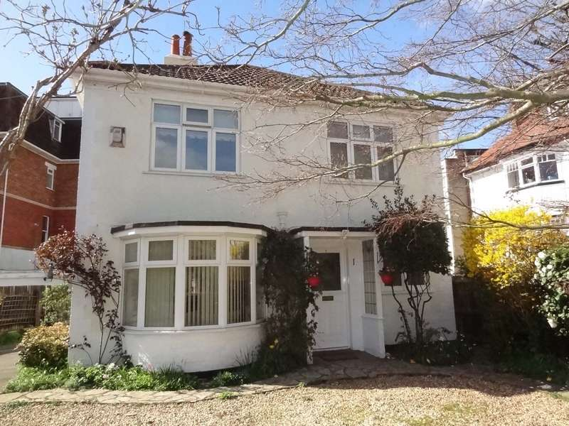 3 Bedrooms Detached House for sale in Wharncliffe Road
