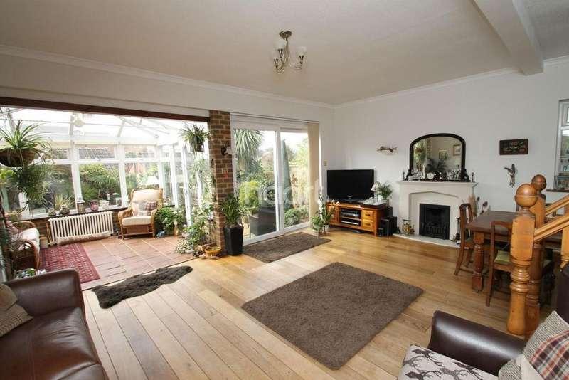 4 Bedrooms Detached House for sale in Hillcrest Road, Biggin Hill