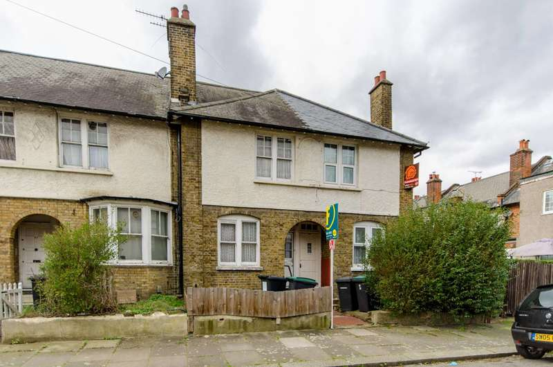 2 Bedrooms Terraced House for sale in Shobden Road, Tottenham, N17