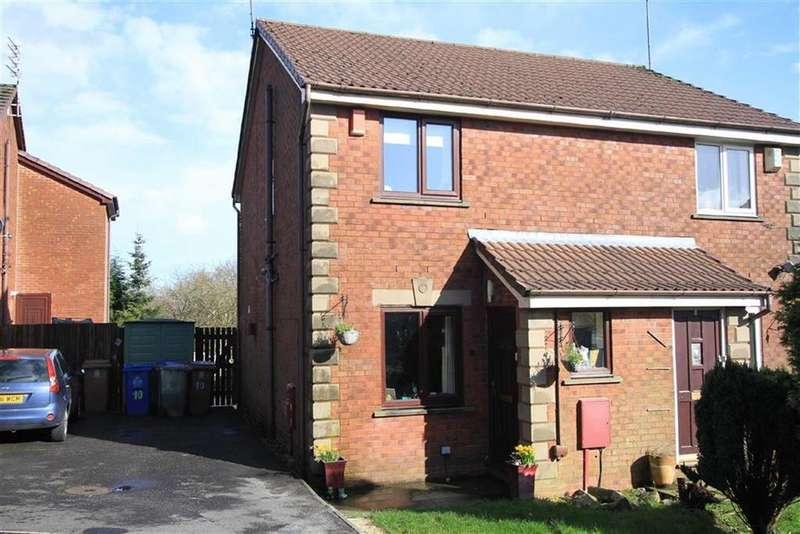 2 Bedrooms Semi Detached House for sale in 10, Fearn Dene, Norden, Rochdale, OL12
