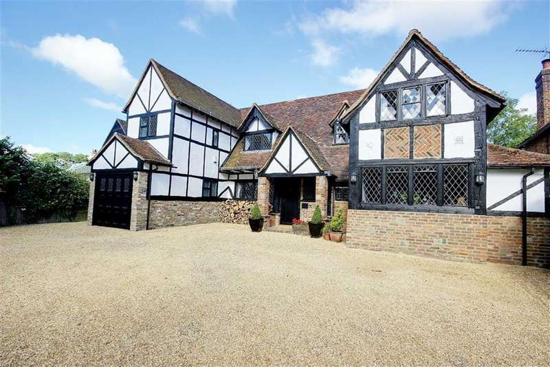 4 Bedrooms Detached House for sale in Kentish Lane, Brookmans Park, Hertfordshire