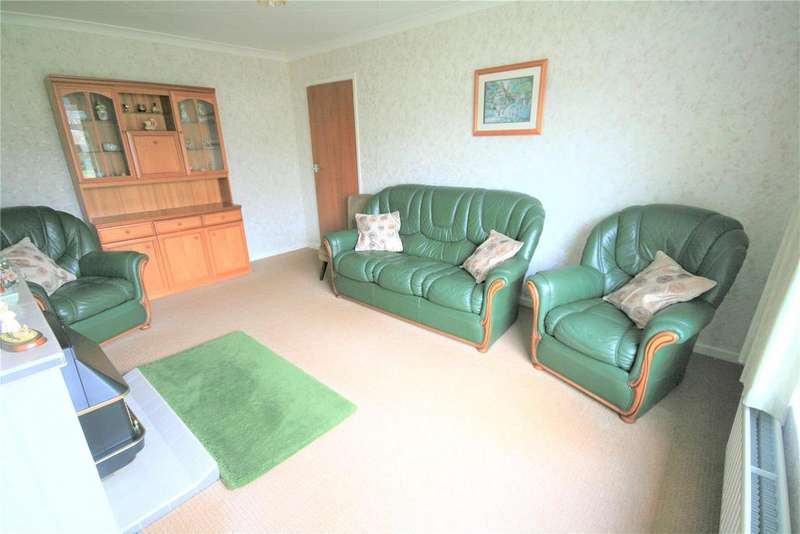 3 Bedrooms Semi Detached Bungalow for sale in Sunfield Crescent, Lincoln, LN6
