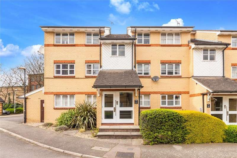 2 Bedrooms Flat for sale in Heddington Grove, Holloway, London
