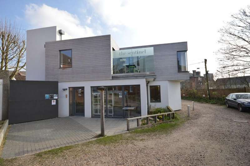 2 Bedrooms Detached House for sale in Chapel Road, Wivenhoe