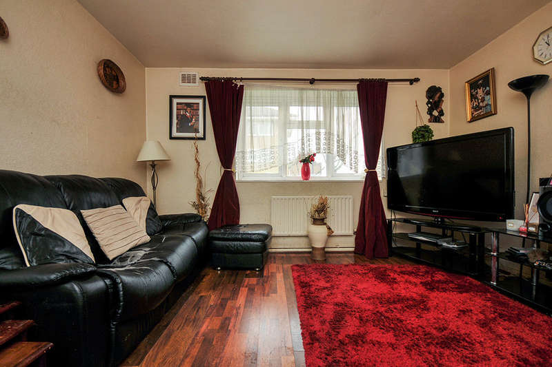 3 Bedrooms Flat for sale in Langthorne Court Bromley Road, BROMLEY, BR1