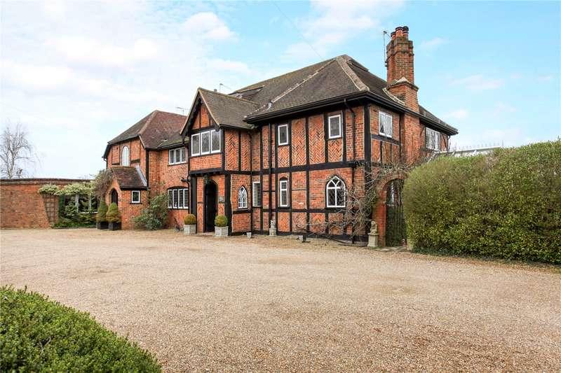 4 Bedrooms Semi Detached House for sale in Oakley Green Road, Oakley Green, Windsor, Berkshire, SL4