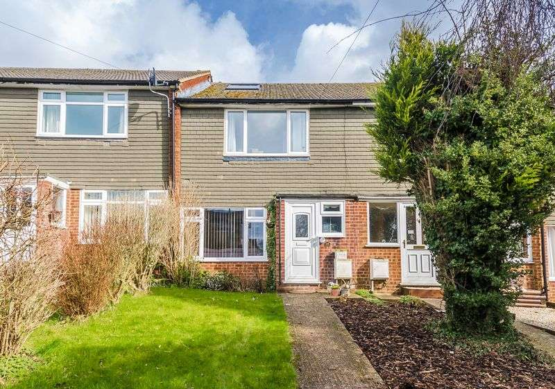 3 Bedrooms Terraced House for sale in Widmer End