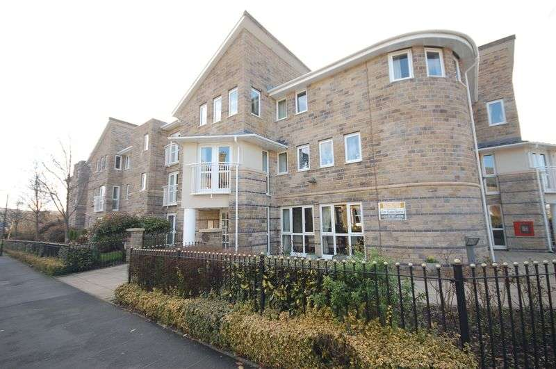 2 Bedrooms Flat for sale in North Road, Glossop