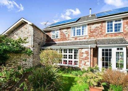 2 Bedrooms Semi Detached House for sale in Totnes, Devon, .