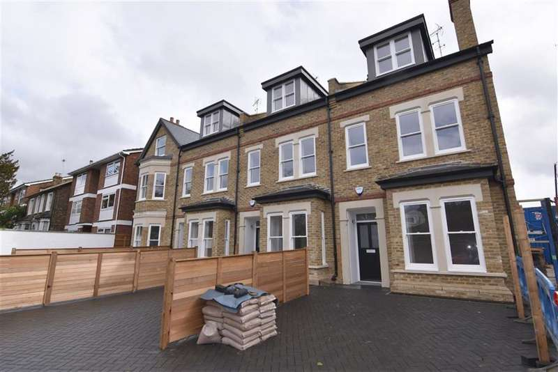 4 Bedrooms Property for sale in Tudor Road, Kingston Upon Thames