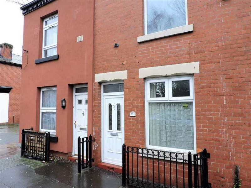 2 Bedrooms Property for sale in Pink Bank Lane, Manchester