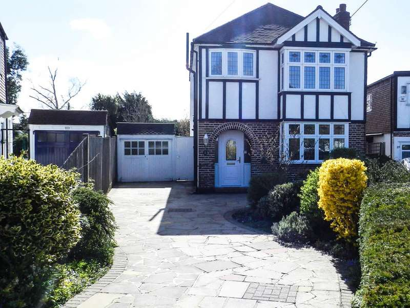 3 Bedrooms Property for sale in Clandon Close, Stoneleigh, Epsom