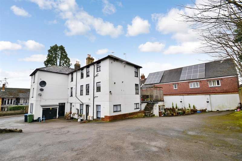 10 Bedrooms Detached House for sale in The White House, 11 High Street, Nutfield, RH1 4HH