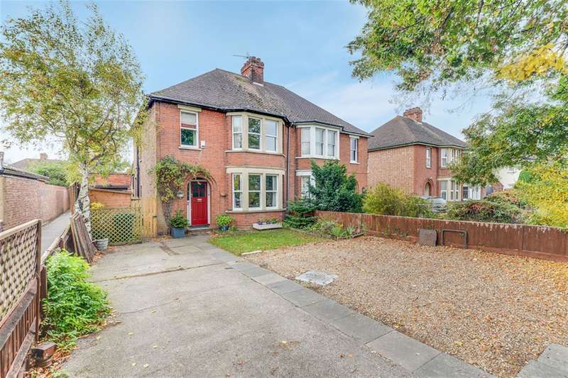 3 Bedrooms Semi Detached House for sale in Goldington Road, Bedford, MK41