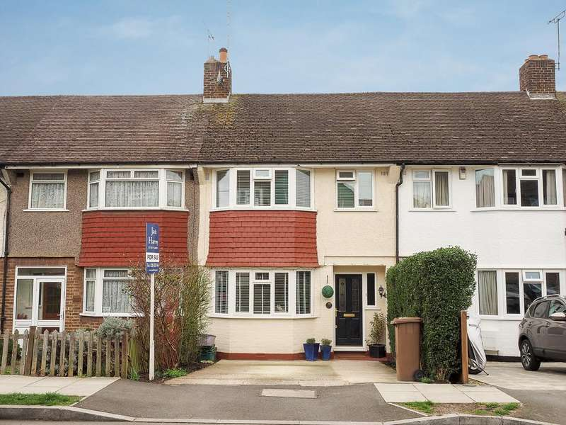 3 Bedrooms Terraced House for sale in Lynmouth Avenue, Morden SM4