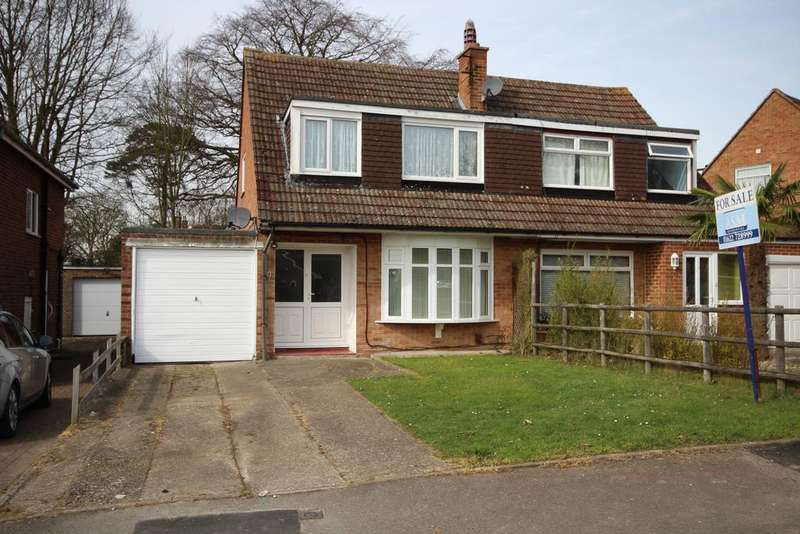 3 Bedrooms Semi Detached House for sale in Barming