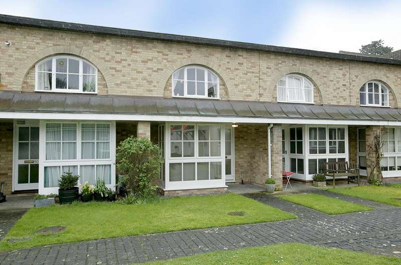 1 Bedroom Terraced House for sale in Bishop Pelham Court, Keswick