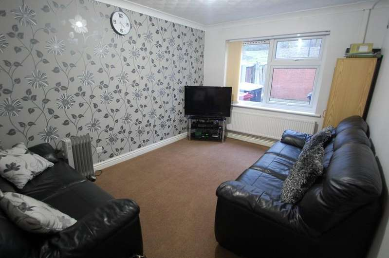 2 Bedrooms Terraced House for sale in Sandpiper Close, Whalley Range, Blackburn