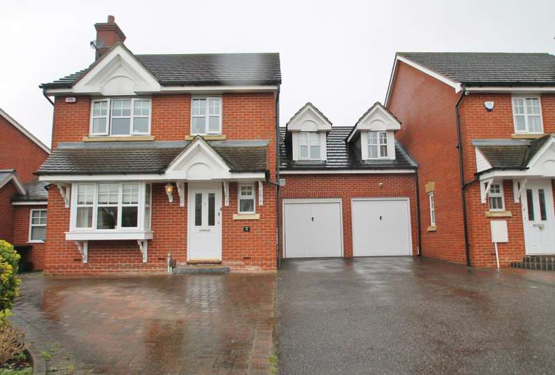 4 Bedrooms Semi Detached House for sale in STALHAM WAY, HAINAULT/CHIGWELL BORDERS