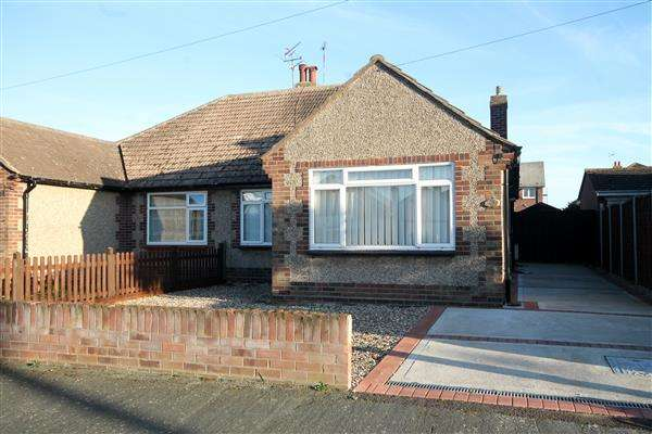 2 Bedrooms Bungalow for sale in HOLLAND ON SEA, Holland on Sea