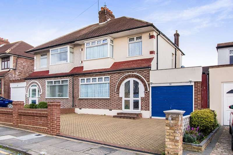 3 Bedrooms Semi Detached House for sale in Royal Oak Road, Bexleyheath, DA6