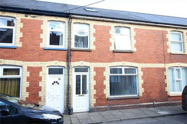 3 Bedrooms Terraced House for sale in Florence Place, Griffithstown, Pontypool