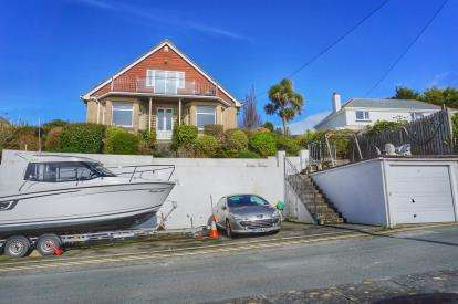4 Bedrooms Detached House for sale in Mevagissey, St. Austell