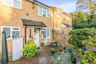 1 Bedroom Terraced House for sale in Rowan Lea, Chatham, Kent