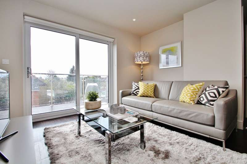 1 Bedroom Flat for sale in Burlington Road, New Malden