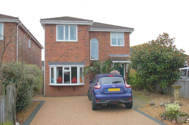 4 Bedrooms Detached House for sale in Waterloo Road, ALVERSTOKE, GOSPORT