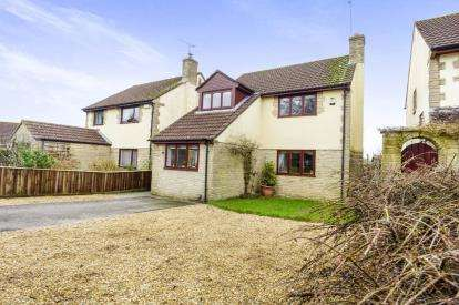 3 Bedrooms Detached House for sale in Milborne Port, Sherborne, Somerset