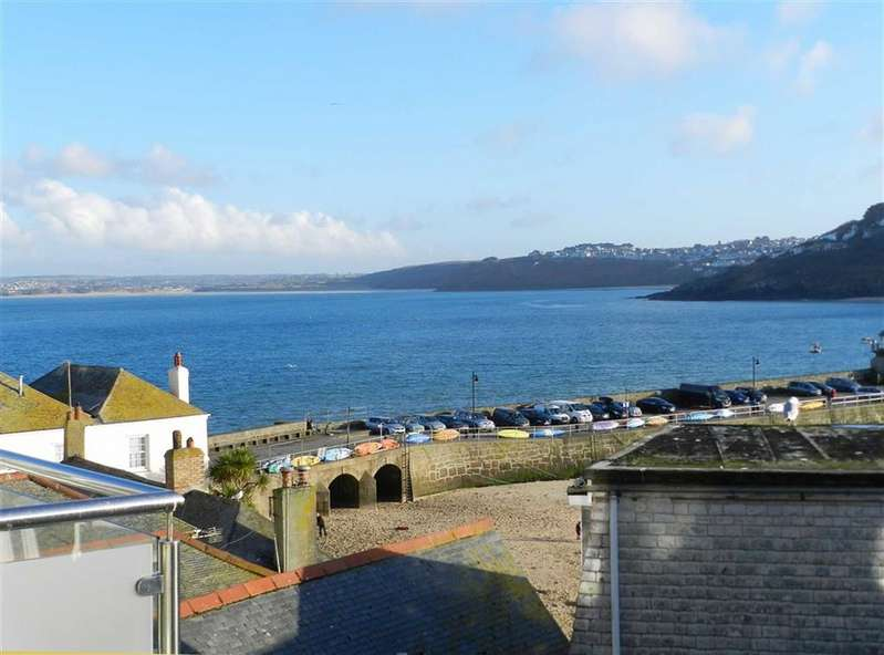 3 Bedrooms Property for sale in Back Road East, St Ives