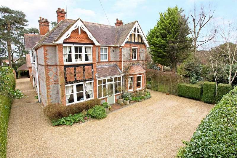 5 Bedrooms Unique Property for sale in Basingstoke Road, Spencers Wood, Reading, Berkshire, RG7