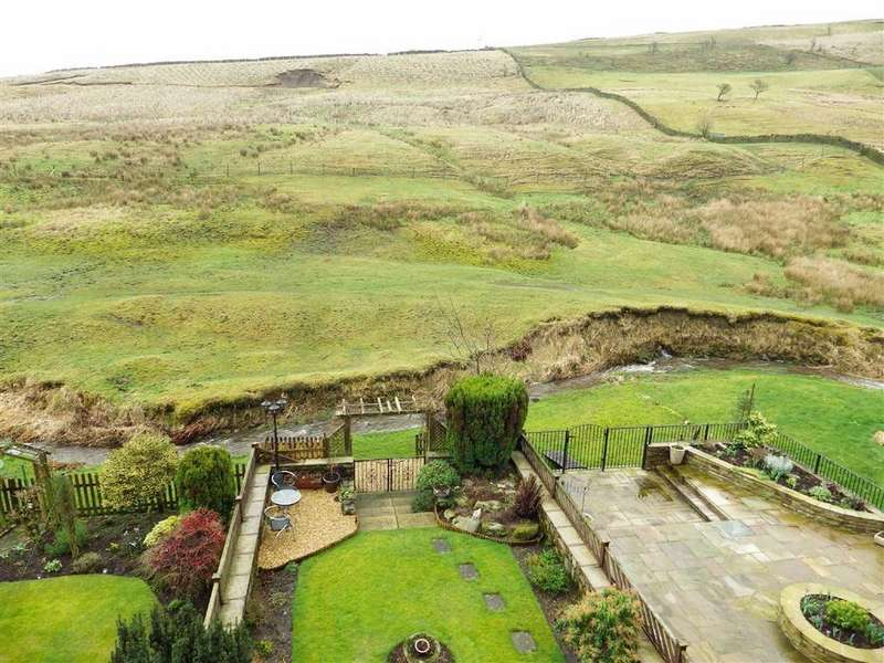 3 Bedrooms Terraced House for sale in Springside, Cowpe, Rossendale, Lancashire, BB4
