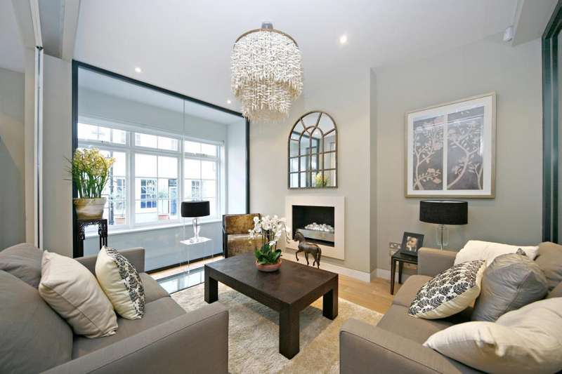 3 Bedrooms Terraced House for sale in Ennismore Mews, Knightsbridge, London, SW7