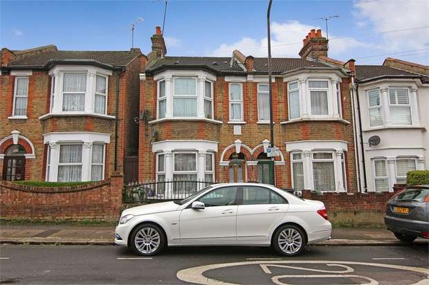 3 Bedrooms End Of Terrace House for sale in Spruce Hills Road, Walthamstow, London