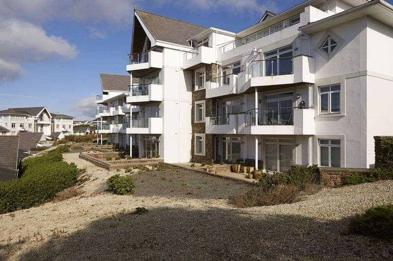 2 Bedrooms Flat for sale in 87 Majestic Apartments, King Edward Road, Onchan, IM3 2BE