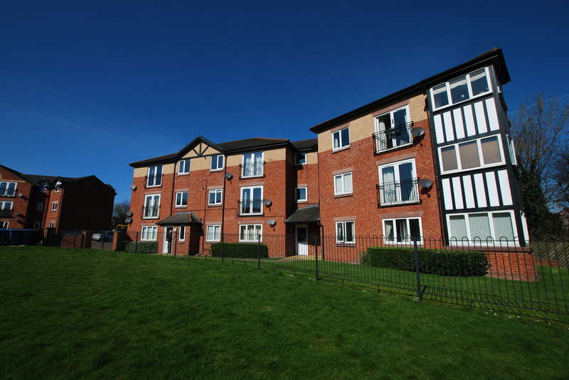 2 Bedrooms Flat for sale in Chesterton Court, Chester