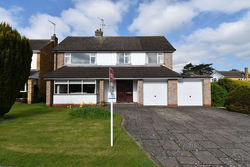 3 Bedrooms Detached House for sale in Moreland Road, Droitwich