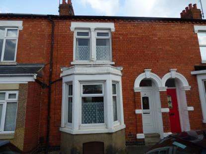 3 Bedrooms Terraced House for sale in Collingwood Road, Abington, Northampton, Northamptonshire