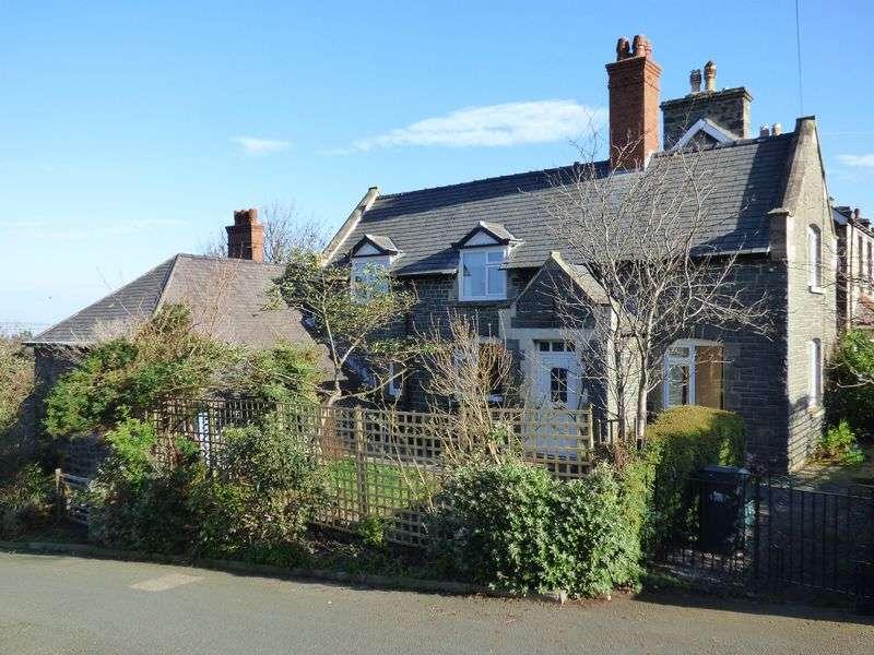3 Bedrooms Detached House for sale in Heath Cottage, Penmaenmawr Road, Llanfairfechan LL33 0PB